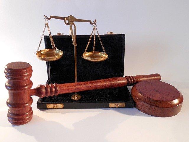 W czym może nam wesprzeć radca prawny? W których sytuacjach i w jakich kompetencjach prawa wspomoże nam radca prawny?